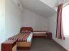 Голям апартамент спалня2